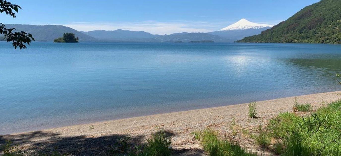 Orilla de Lago y Playa